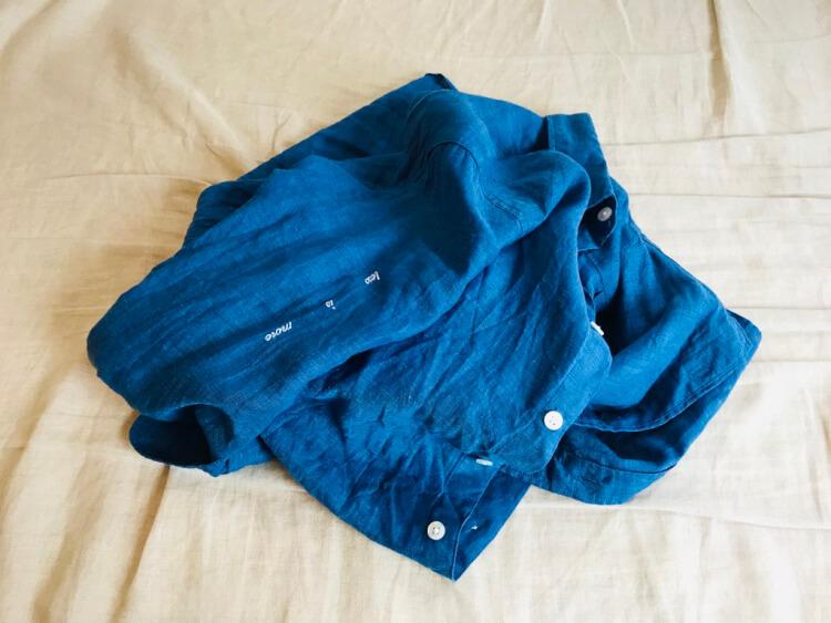 無印良品のフレンチリネン洗いざらしシャツ