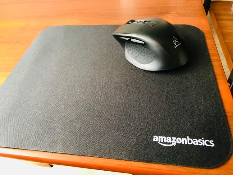 Amazonベーシック マウスパッド