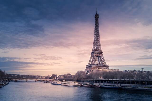 川内有緒 パリの国連で夢を食う